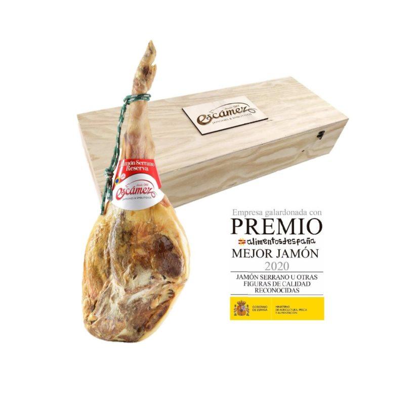 Jamón Serrano Reserva con el premio mejor jamon serrano de españa 2020 con caja de madera.